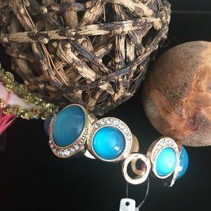 Jewelry - Blue fashion bracelet